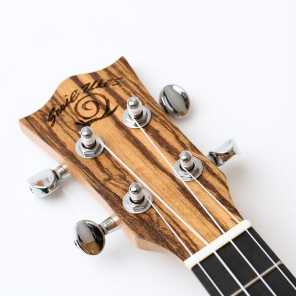 Snail UKC-480E Zebrawood Concert Ukulele
